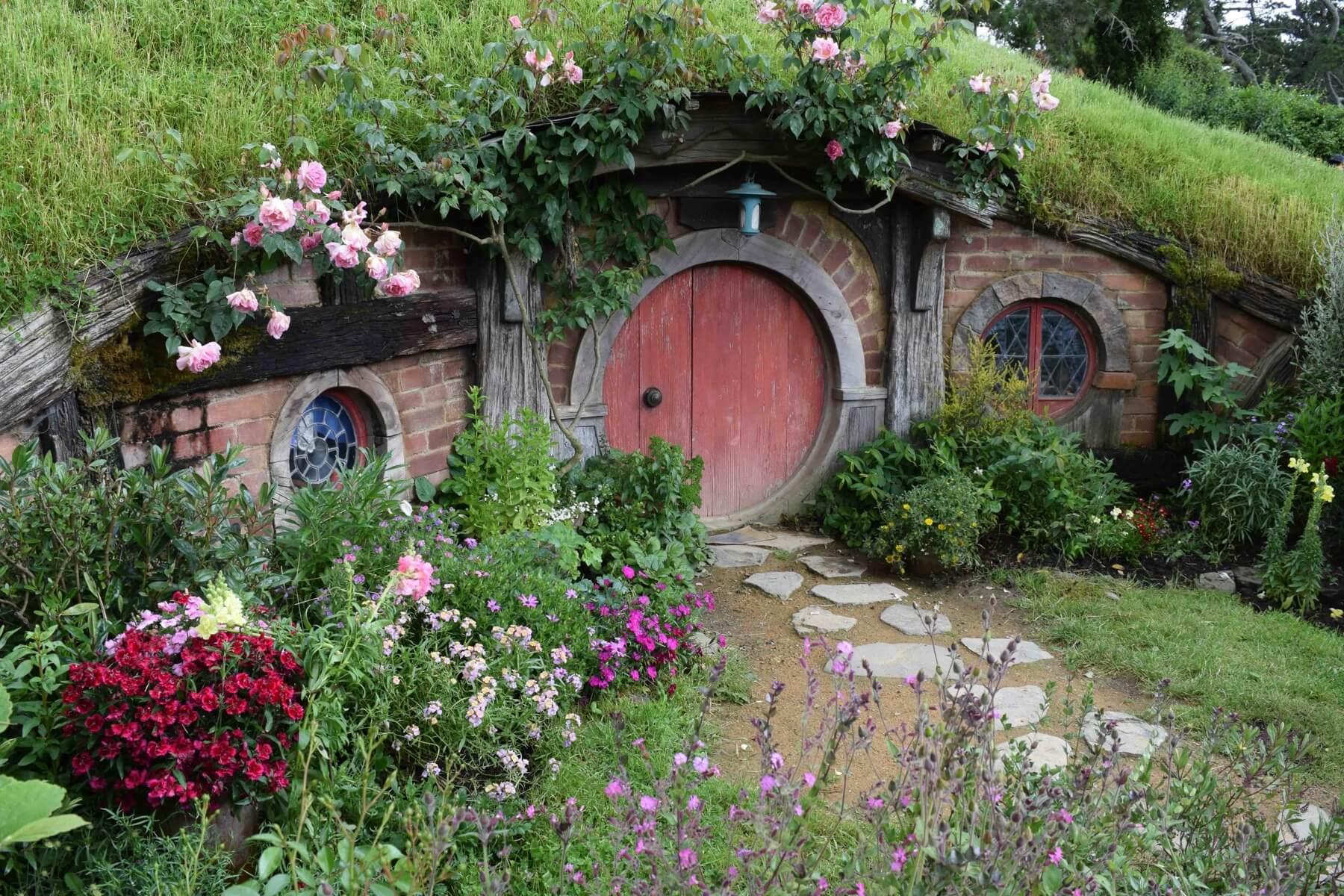 Haus und garten hobbit music2biz gemafreies instore for Haus und garten