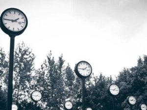 Welche Hintergrundmusik passt zu welcher Tageszeit? Unsere Tipps für Restaurants, Cafés und Bars